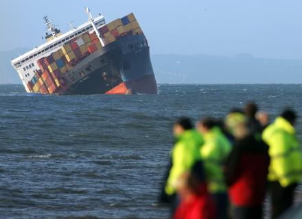 navio-afundando